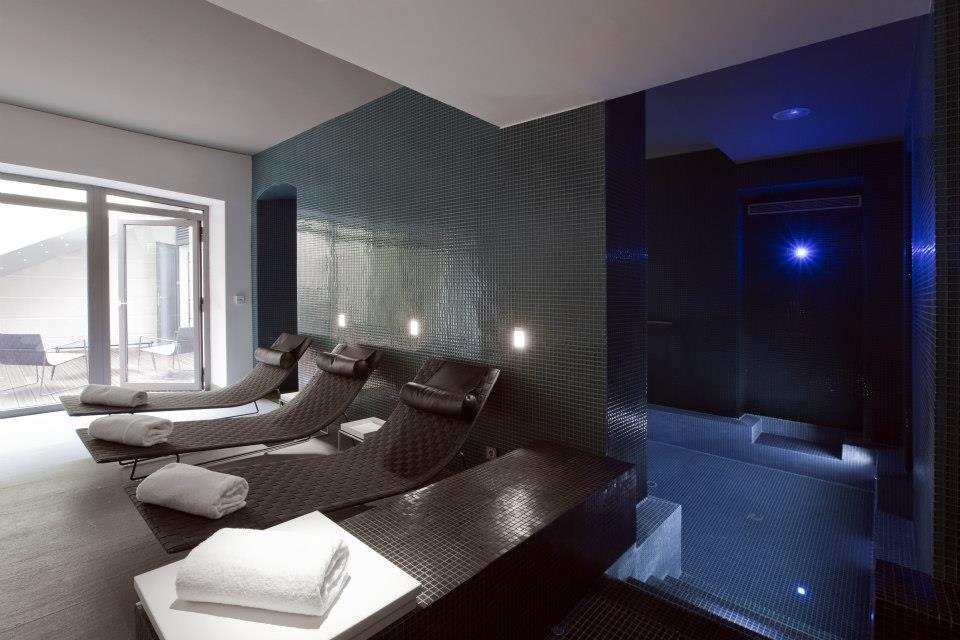 c2 h tel marseille 5 toiles. Black Bedroom Furniture Sets. Home Design Ideas