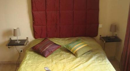 hotel marseille la valentine. Black Bedroom Furniture Sets. Home Design Ideas