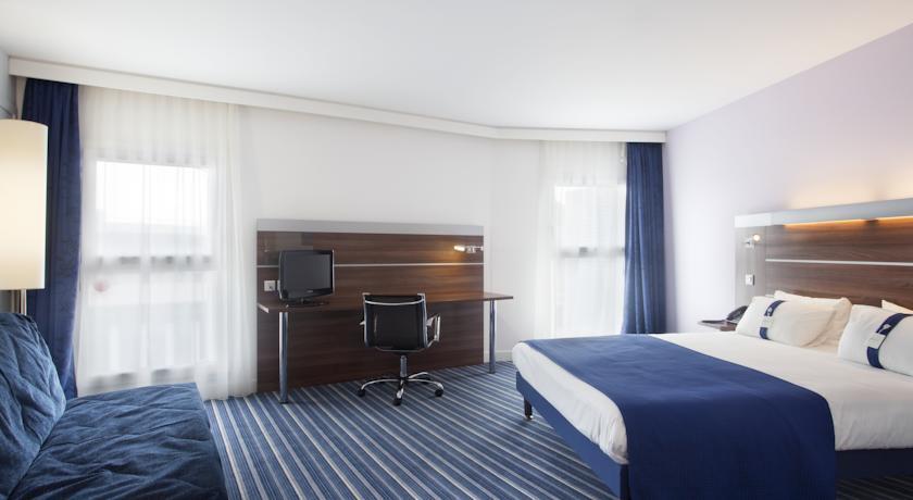 hotel holiday inn express marseille saint charles. Black Bedroom Furniture Sets. Home Design Ideas